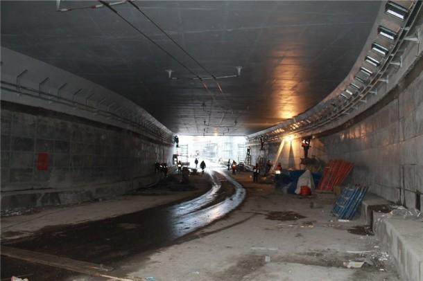 Разворотный тоннель на Каширском шоссе за 10 дней до открытия. Фото Roads.ru