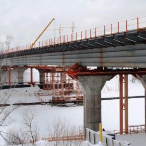 Мост через канал имени Москвы на трассе М-11 активно строится