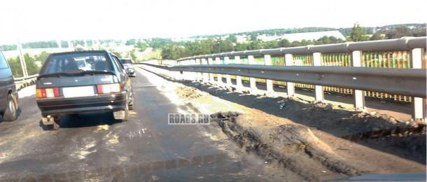 Ремонт моста на ММК А-107 в районе Дмитровского шоссе и ст.Морозки. Фото AlexSo, форум Roads.ru 2013 (c)