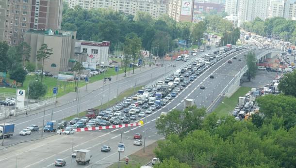 Открыта эстакада на Ярославском шоссе в районе Внешних вод. Фото - Karatell, форум roads.ru (c) 2013
